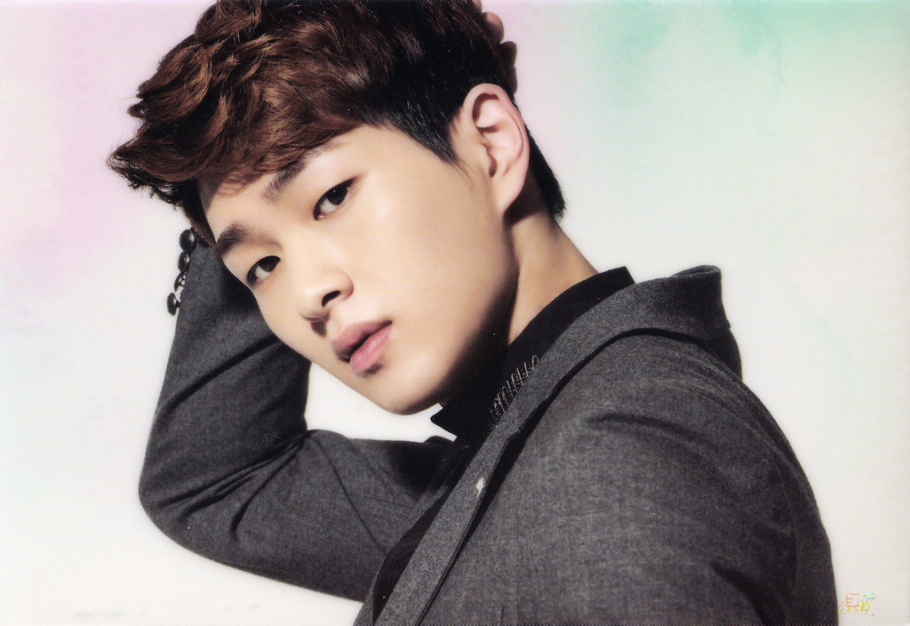 Who is your favorite member of SHINee? | Onew