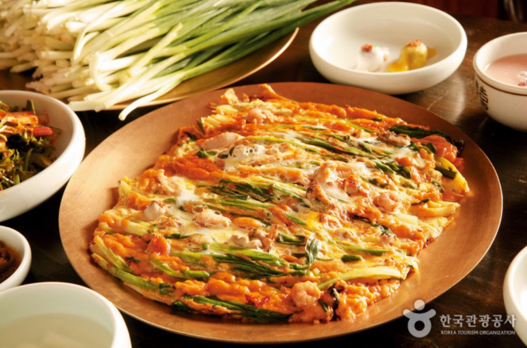 Have you tried korean food? what is your favorite korean food? | Pajeon, Welsh[green]-onion pancake
